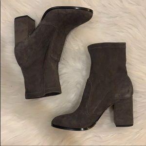 Dark grey suede boots NEW
